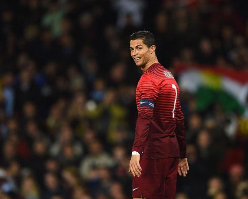 Cristiano Ronaldo del Portogallo, durante l'amichevole tra Argentina e Portogallo all'Old Trafford stadium, il 18 Novembre 2014 in Manchester, Inghilterra (AFP/GRIFFITHS)