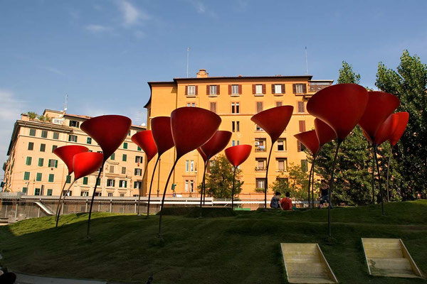 Sculptures in the front garden of 'MAXXI - Museo Nazionale delle Arti del XXI secolo' (National Museum of the 21st Century Arts), designed by Iraqi-British architect Zaha Adid and located in the Flaminio neighbourhood of Rome.