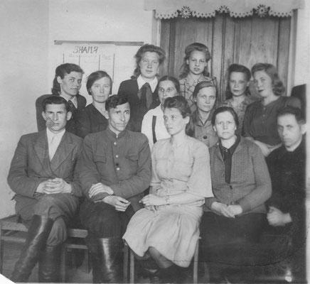 коллектив учителей школы № 2 1949-1950 уч. год