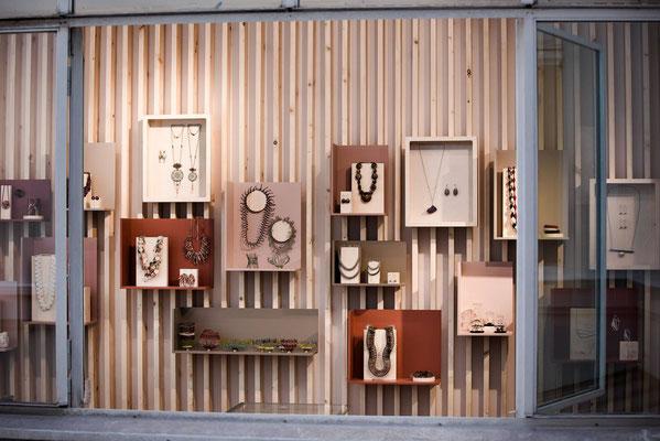 Ce soir on vous dévoile la boutique précieuse! Bijoux et accessoires... à découvrir bientôt au 2ème étage du concept store. Photo Claude Weber