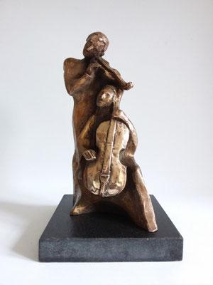 """""""Gleichklang"""" Bronze patiniert auf Granitplatte, h. 33 cm"""