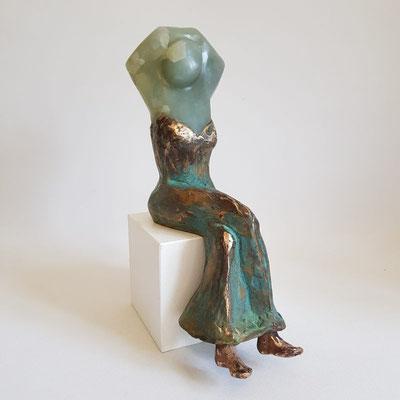 """""""Giada"""" Jade auf Bronze, h. 27 cm"""
