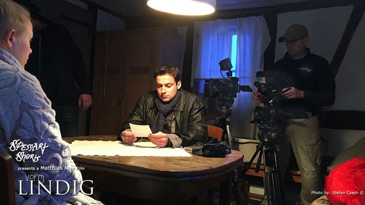"""Katharina Hintzen und Tino Leo in """"Vorm Lindig"""" PRODUZENT / REGIE / Matthias Noe   DoP: Stefan Czech"""
