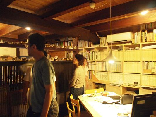 古川さんの事務所、蔵を改装されてます。
