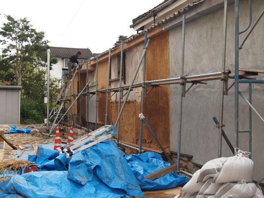 改修中の壁