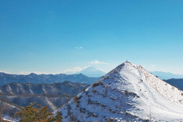 富士山と飯盛山