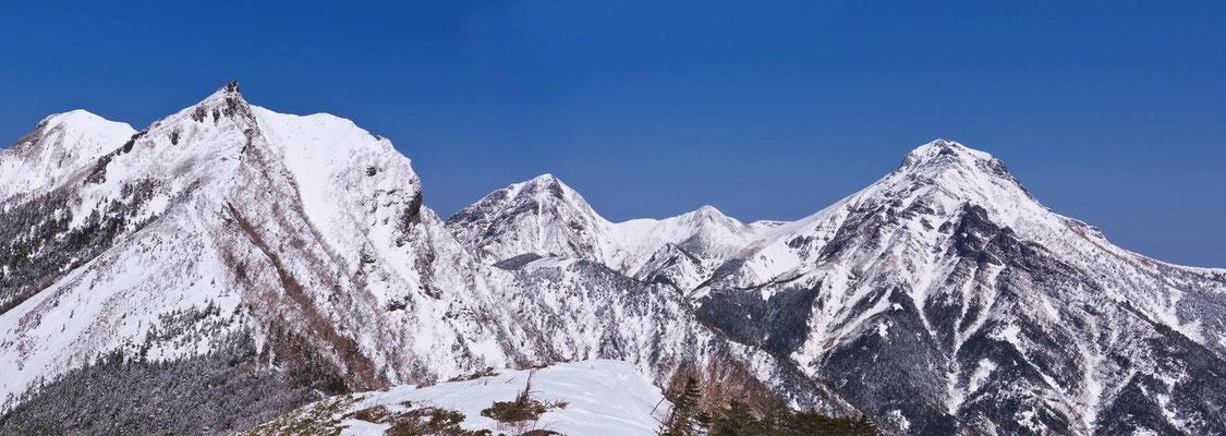 三ツ頭から権現岳、阿弥陀岳、中岳、赤岳