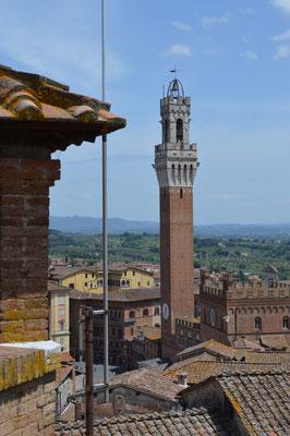 Blick zum Piazza del Campo vom Facciatone