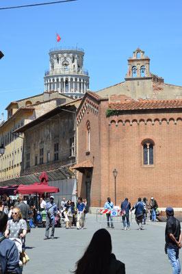 Blick zum Torre di Pisa