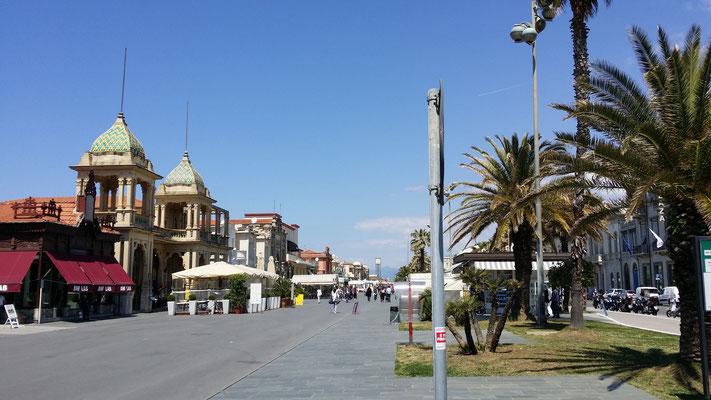 Promenade in Viareggio