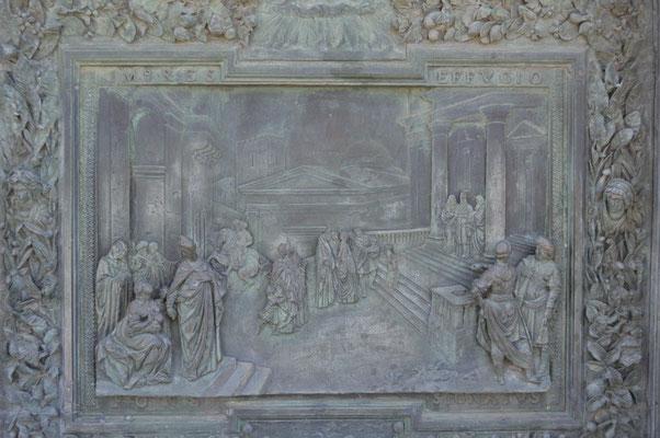 Tür zur Cattedrale di Pisa