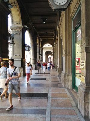 Via Ugo Bassi, Bologna
