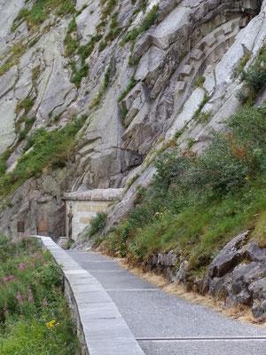 Via Ferrata Diavolo - Weg zum Russendenkmal