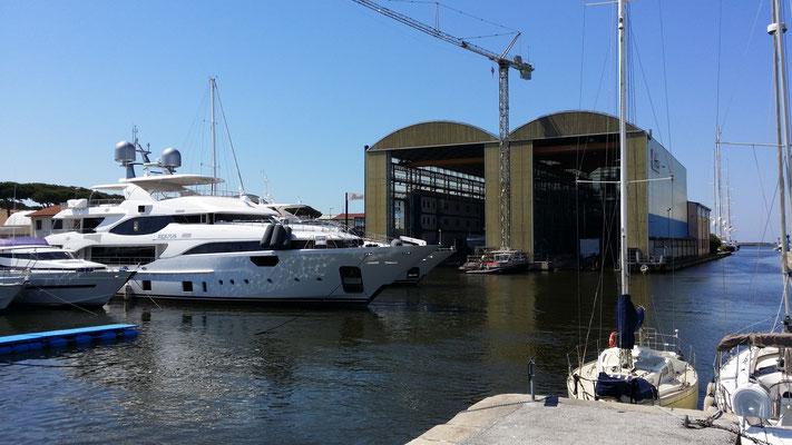 Hafen von Viareggio