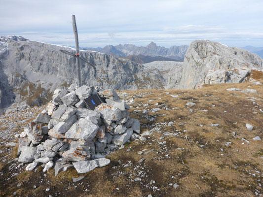 Gipfelkreuz Scheienfluh