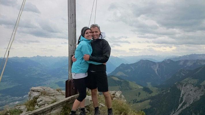 Berg Heil uf da Höhen Köpfe