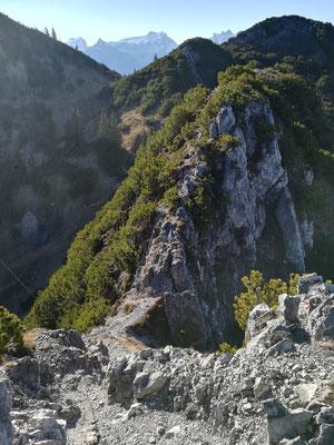 Ein kurzes Stück dem Grat entlang zum Zwölferkopf.