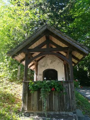 Kapelle bei Mautstelle
