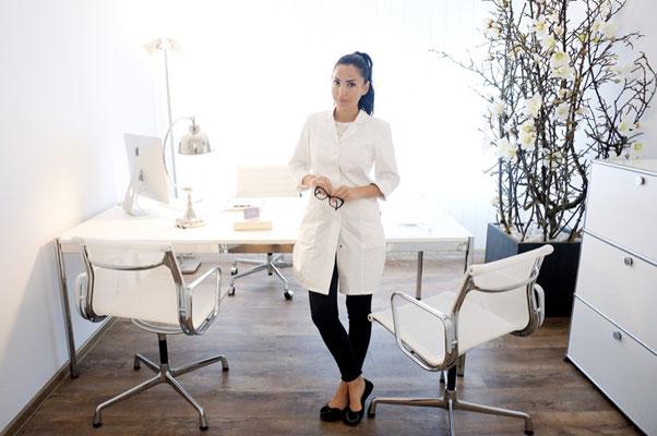 Bargello AESTHETIK - Sofia Bargello im Behandlungsraum