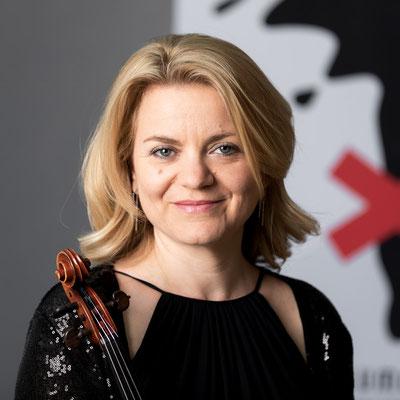 CLAUDIA KUGI-KRABATSCH 2. Violine