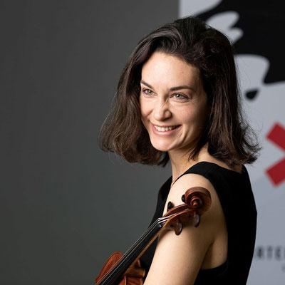 SOPHIA HERBIG Koordinierte 1. Stimmführerin 2. Violine