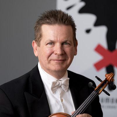 SCOTT STILES 1. Violine