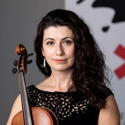 ELEN GULOYAN Viola
