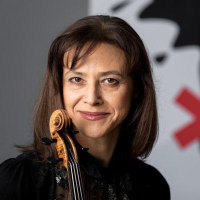 ELŻBIETA POKORA 2. Violine