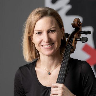 MARGIT TOMASI Violoncello