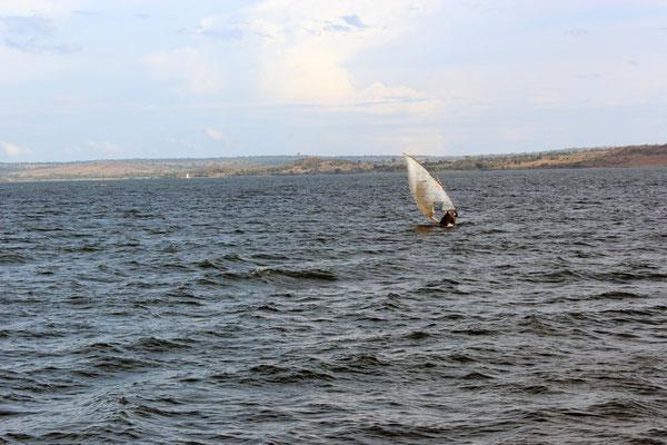 Traversée du Lac Victoria vue 01