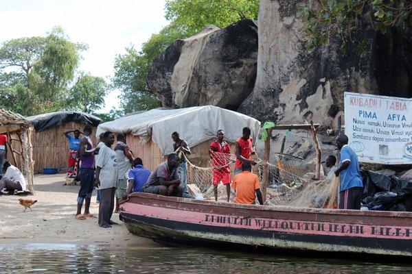Plage de la petite île de Lukuba
