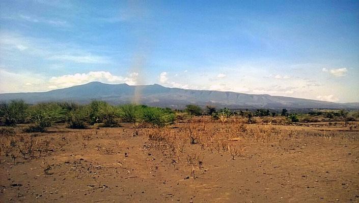 Le Ketumbeine au loin