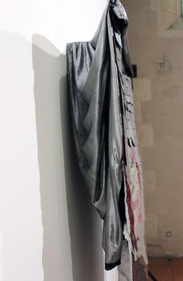 La cape d'invisibilité (de coté), Laurent Valera.
