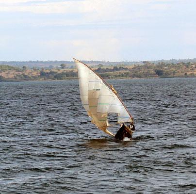 Traversée du Lac Victoria vue 02