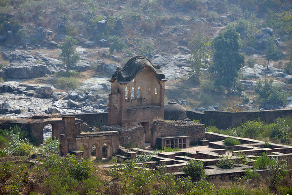 "Ausblick vom ""Chaturbhuj-Tempel"""