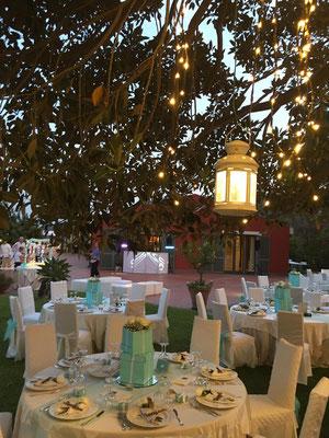 tiffany-blue-white-wedding