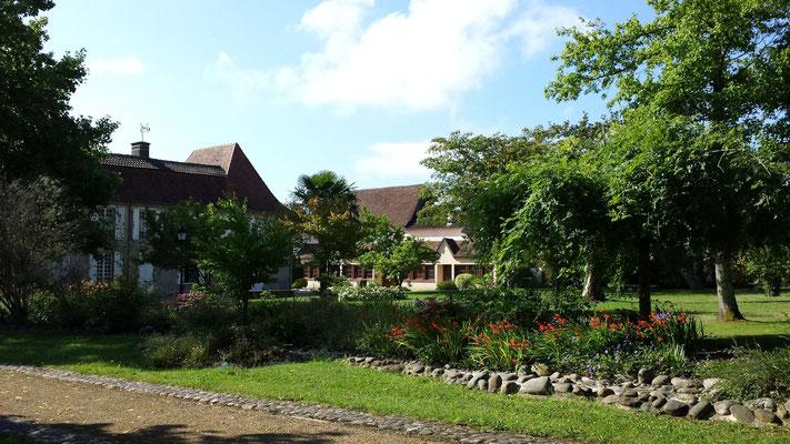 garden and park of Garlin - bastide circuit  (Vic-Bilh / Madiran)