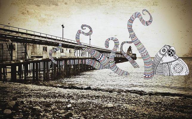 Once Upon a Time - Kraken Attack: 60x100; stampa hd su tela fotografica; disegno a china; ricamo a mano con filo di seta.
