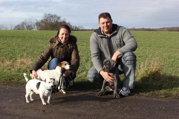 Antony ist heute zu Manuela, Karsten und seinen beiden neuen Freunden nach Lübeck gezogen. Auch er hat ein wundervolles Zuhause bekommen!!!!