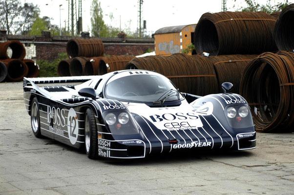 Fahrzeugbeschriftung Porsche 962 (copyright: FeLu Werbetechnik)