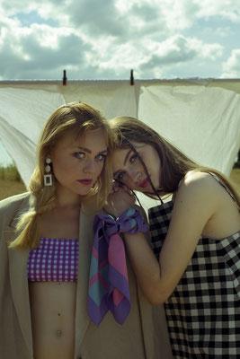 Foto: Anna Permesang, Model: Ruby Fischer und Karen Reichelt, Fashion: Veronique Schweitzer