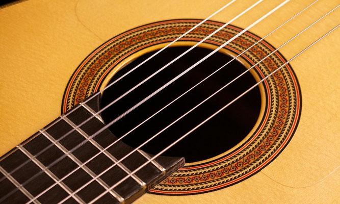 Felipe Conde 2010 - Guitar 3 - Photo 11