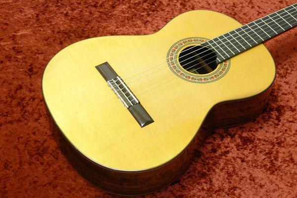 Lester Devoe 2002  - Guitar 1 - Photo 2