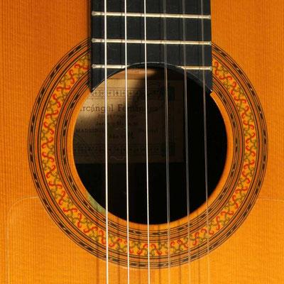 Arcangel Fernandez 1981 - Guitar 1 - Photo 1
