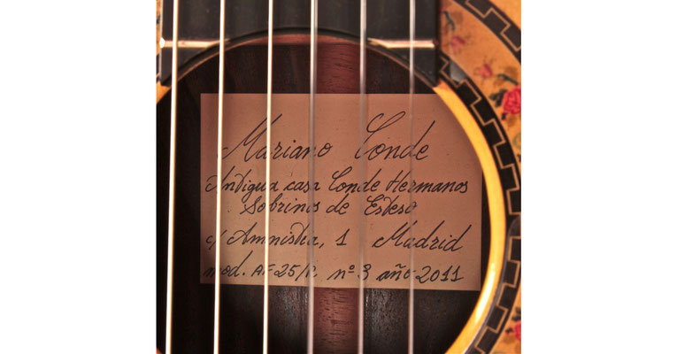 Mariano Conde 2011 - Guitar 1 - Photo 6
