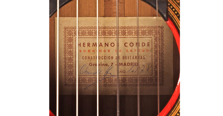 Hermanos Conde 1978 - Guitar 2 - Photo 4