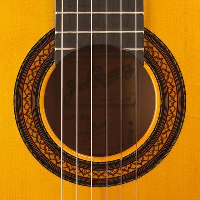 Jose Ramirez 2011 - Guitar 2 - Photo 1