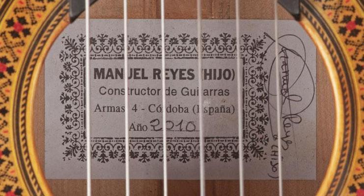 Manuel Reyes Hijo 2010 - Guitar 2 - Photo 5
