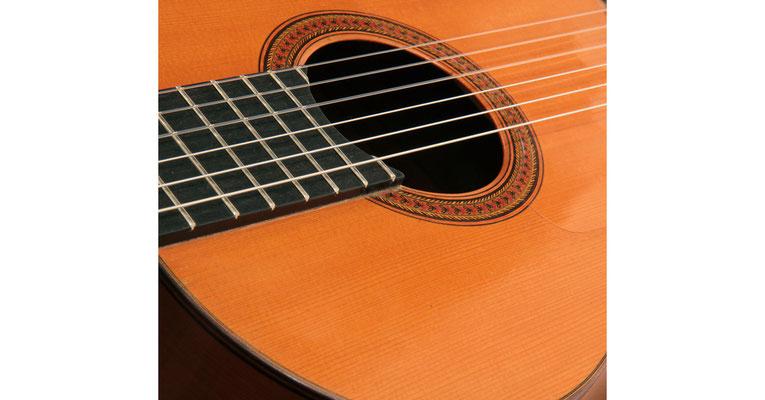 Hermanos Conde - 1966 - Guitar 1 - Photo 2