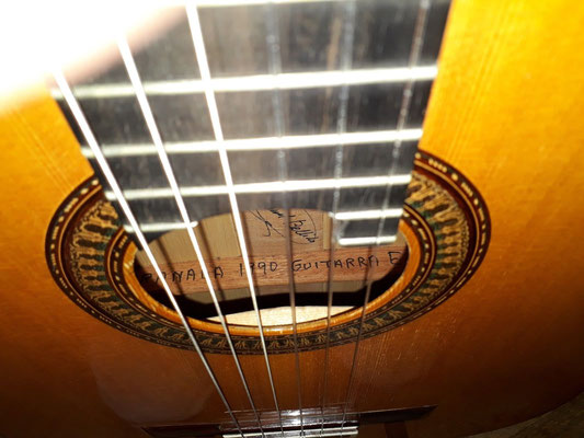 Manuel Bellido 1990 - Guitar 1 - Photo 3